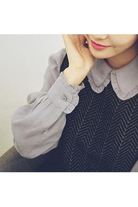 piano neck, blouse