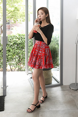 red pop, skirt