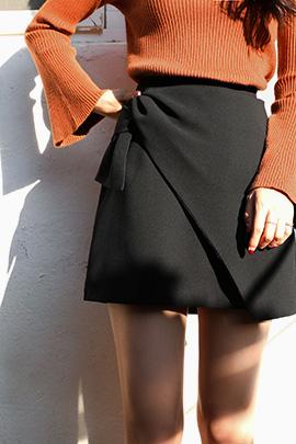 grine, skirt