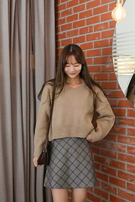 [9/28일 입고]v crop, knit
