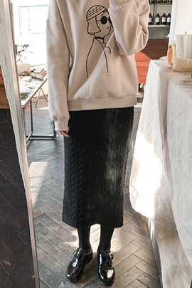 burrow, skirt