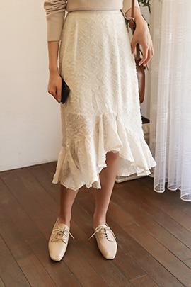 trusay, skirt