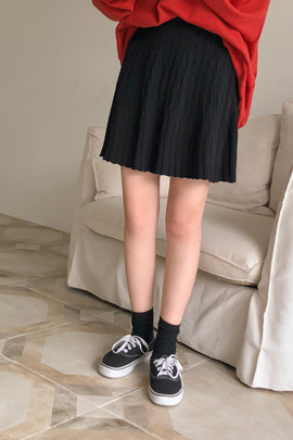 pleated knit, skirt