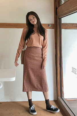 nuts check, skirt