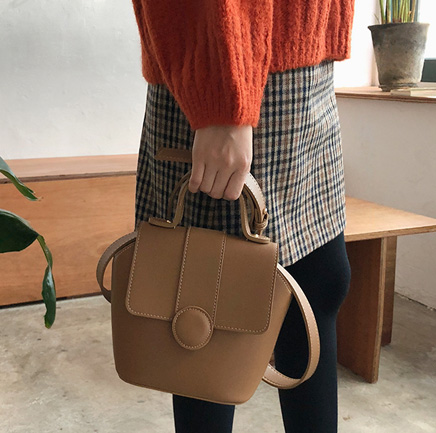 feminine colors, bag
