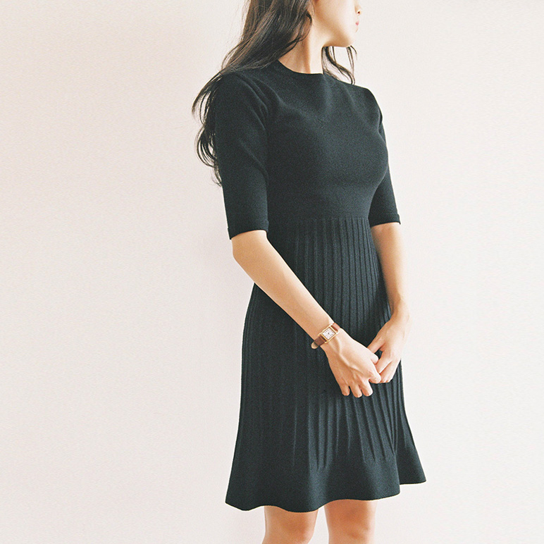 slim flare knit dress