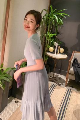 feminine pleated dress