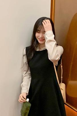 feminine bijou blouse
