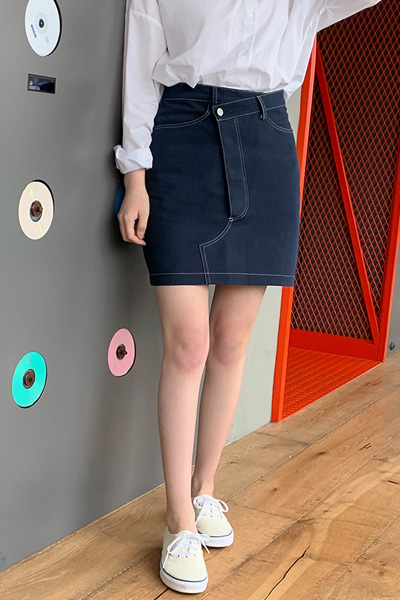 unbalance stitch skirt