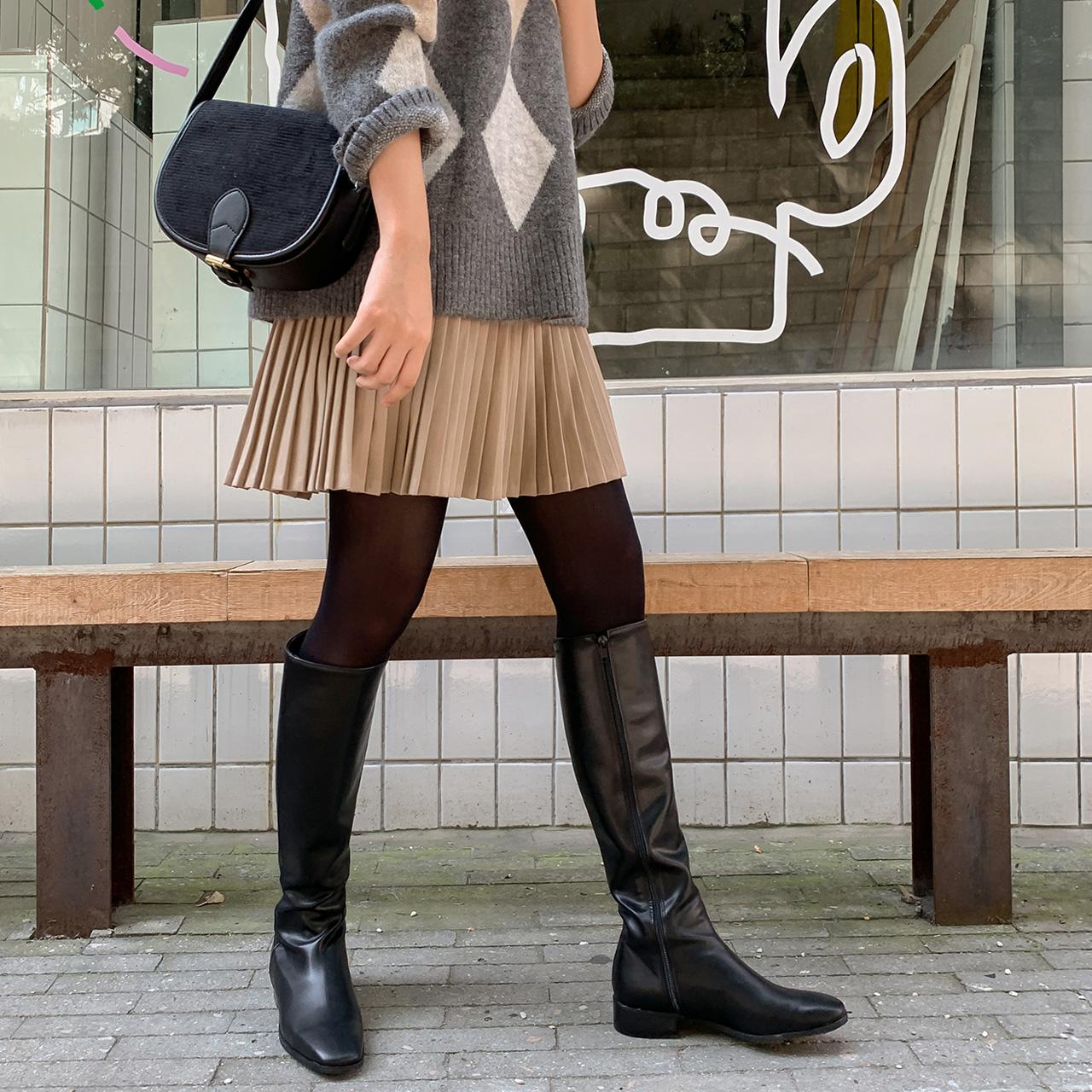Girlish pleats skirt