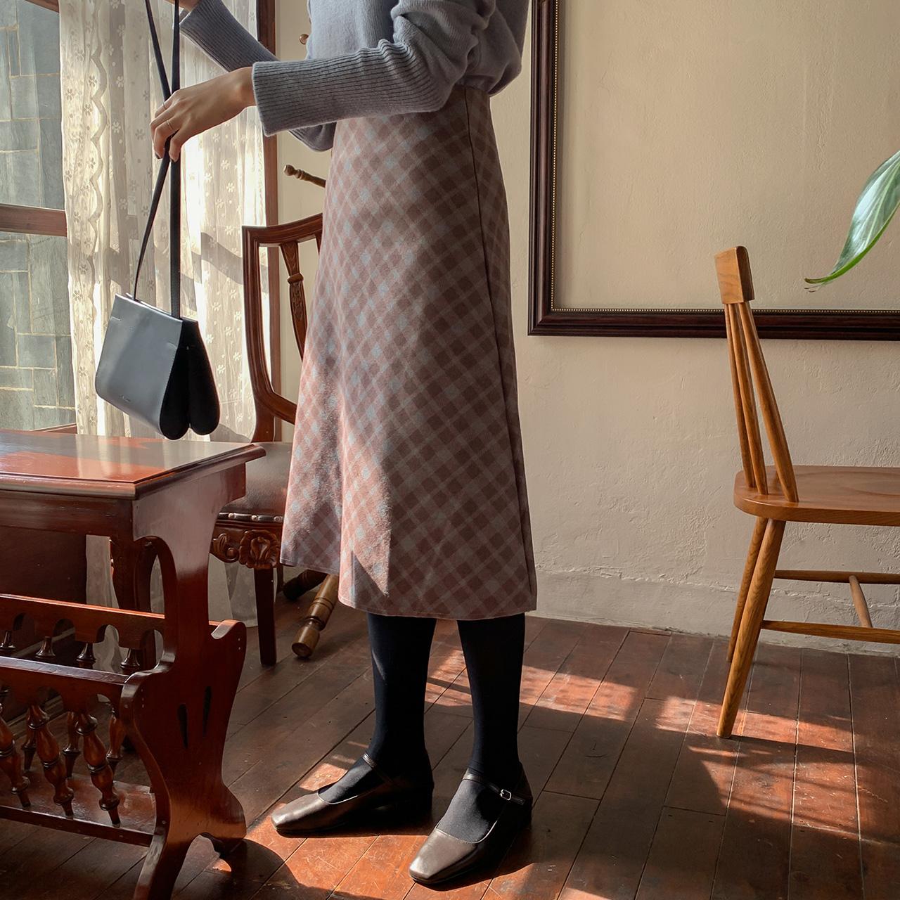 A line modern long skirt