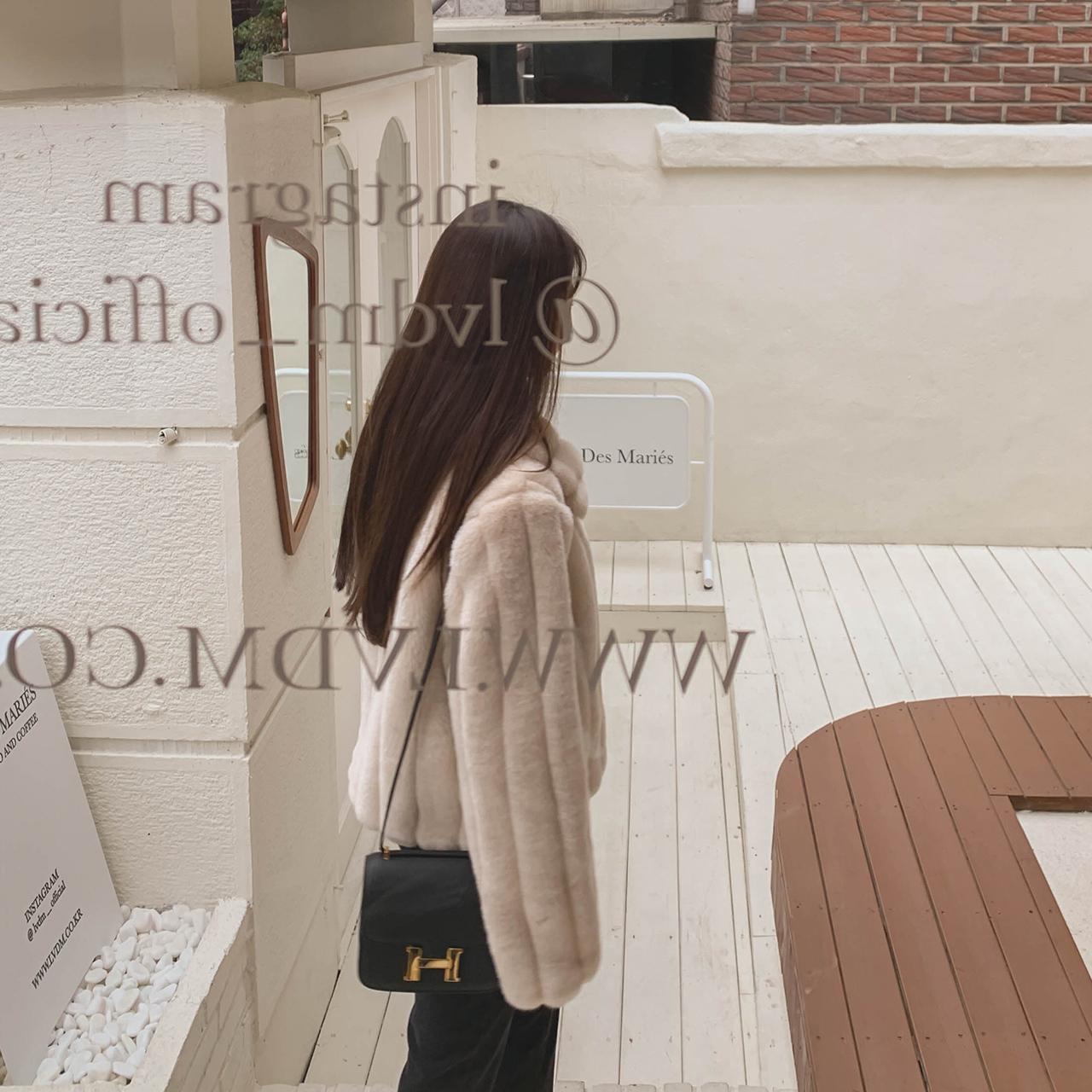 Basic fur jacket_hyunA's pick