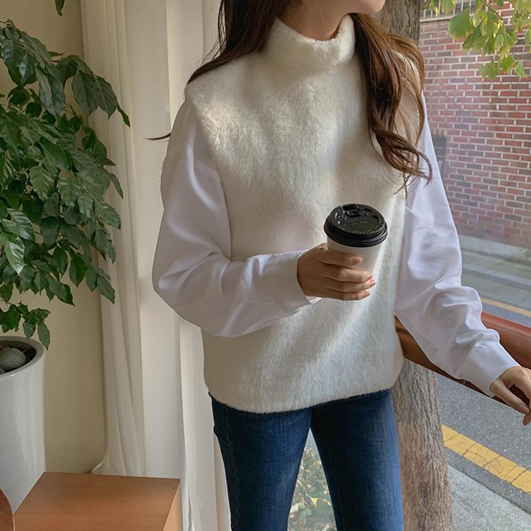 Soft fur high neck vest_Soo-hyang's pick