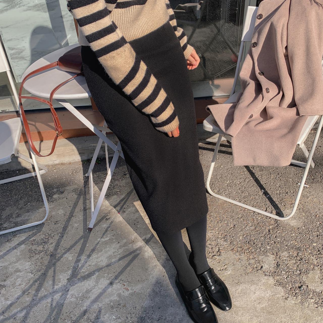 High waist line skirt