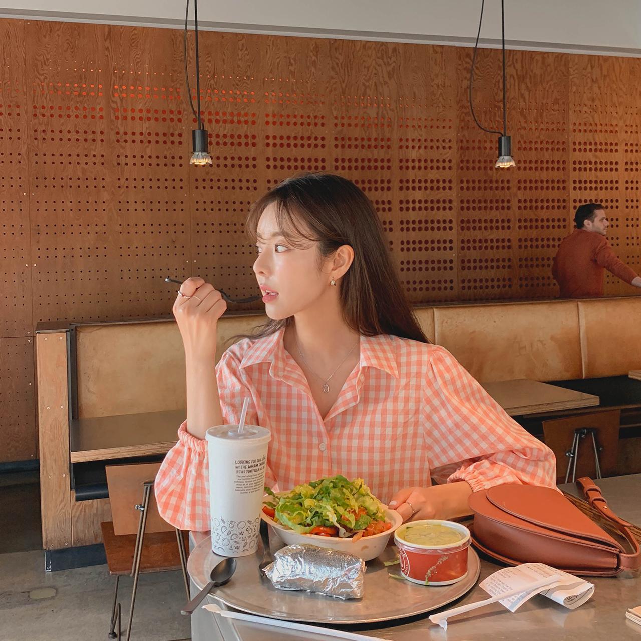 Fresh check blouse