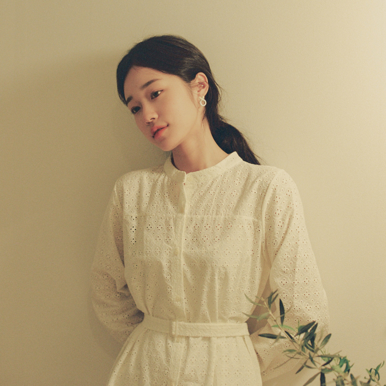[Pre-Order] China neck lace dress