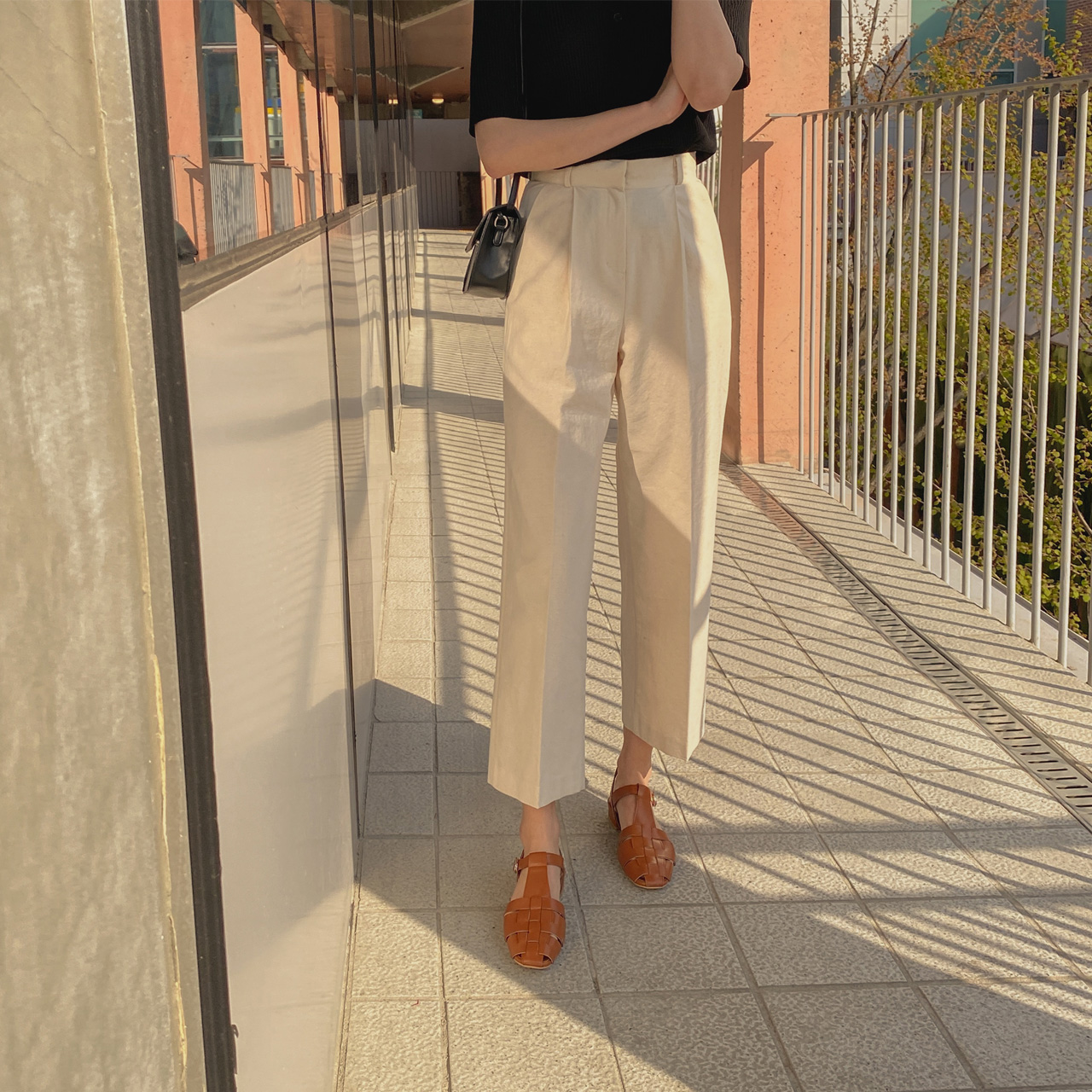 Cotton wide pintuck pants