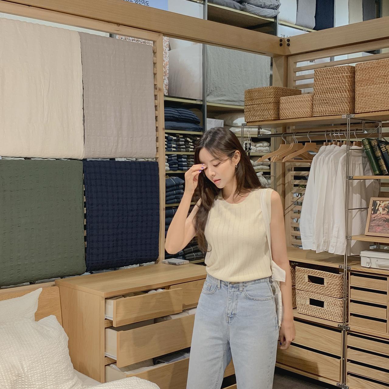 sleeveless Knit (Linen)