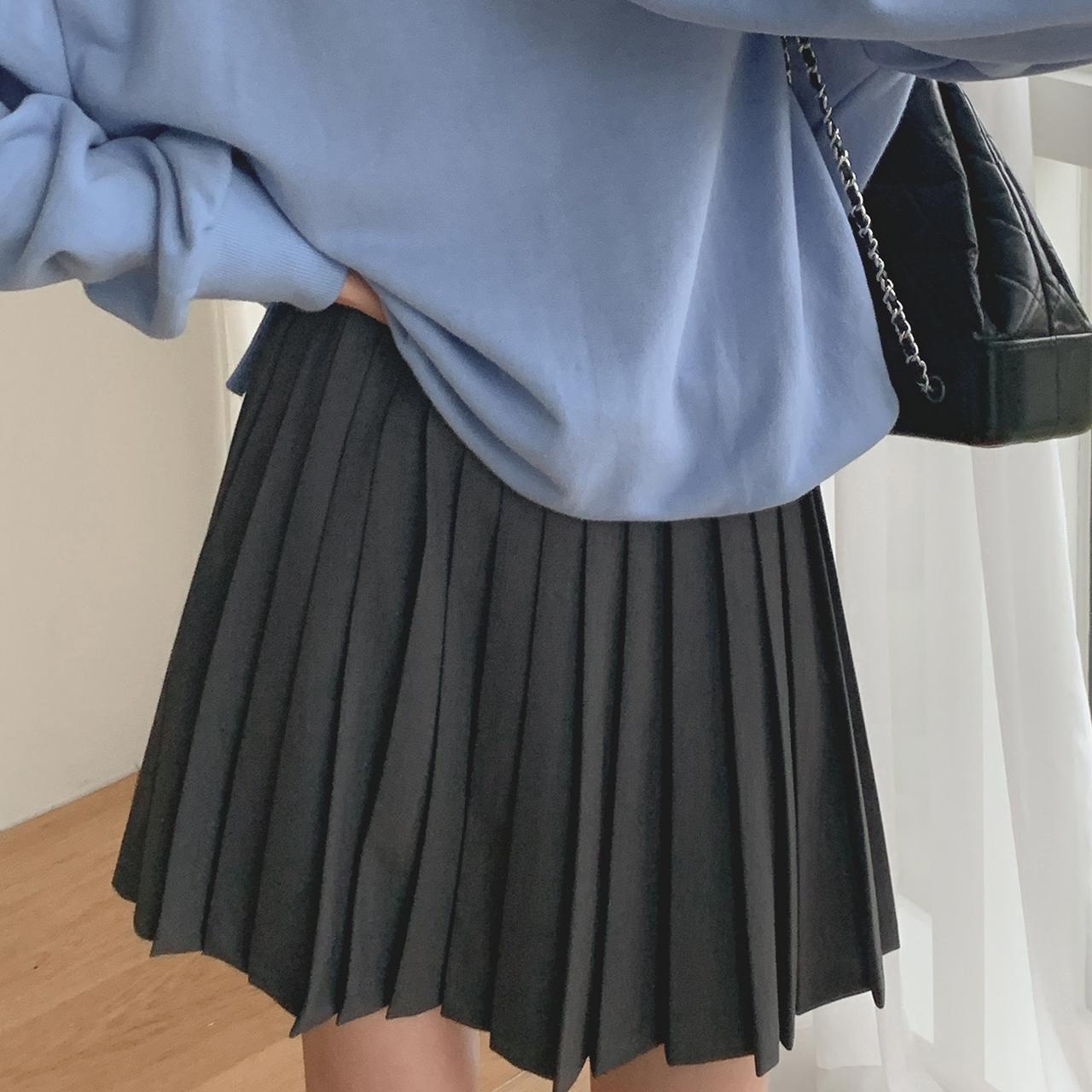 Mot Pleats Skirt